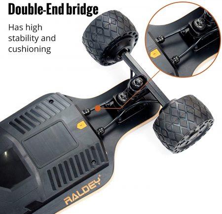 RADLEY MT-V3S Electric Skateboard - close up